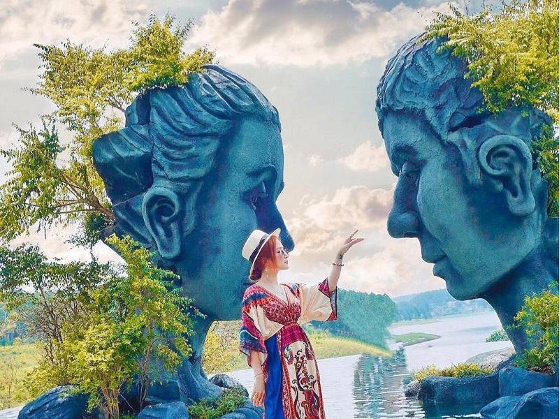 hồ vô cực ở Đà Lạt
